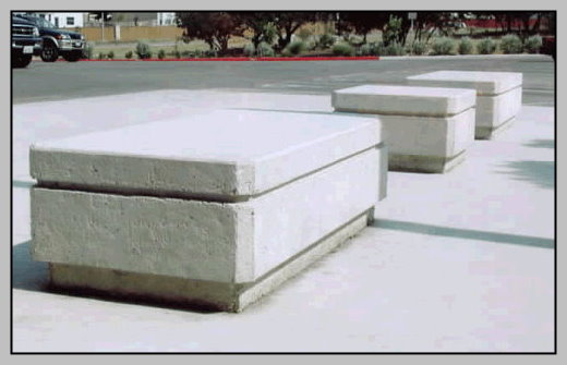 Commercial precast tables and benches